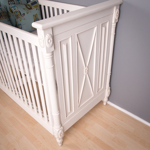 Baby Cot Detail
